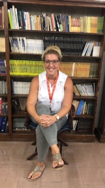 Welcome to AAMS: Mrs. Burgess